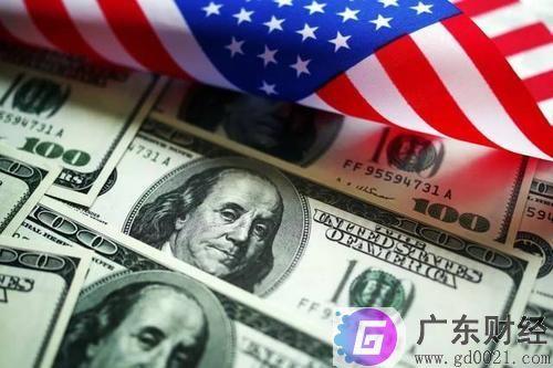 """美联储开启无限量QE 全球股市暂时止跌 国际金价大涨 广州市民买金成商场""""风景线"""""""